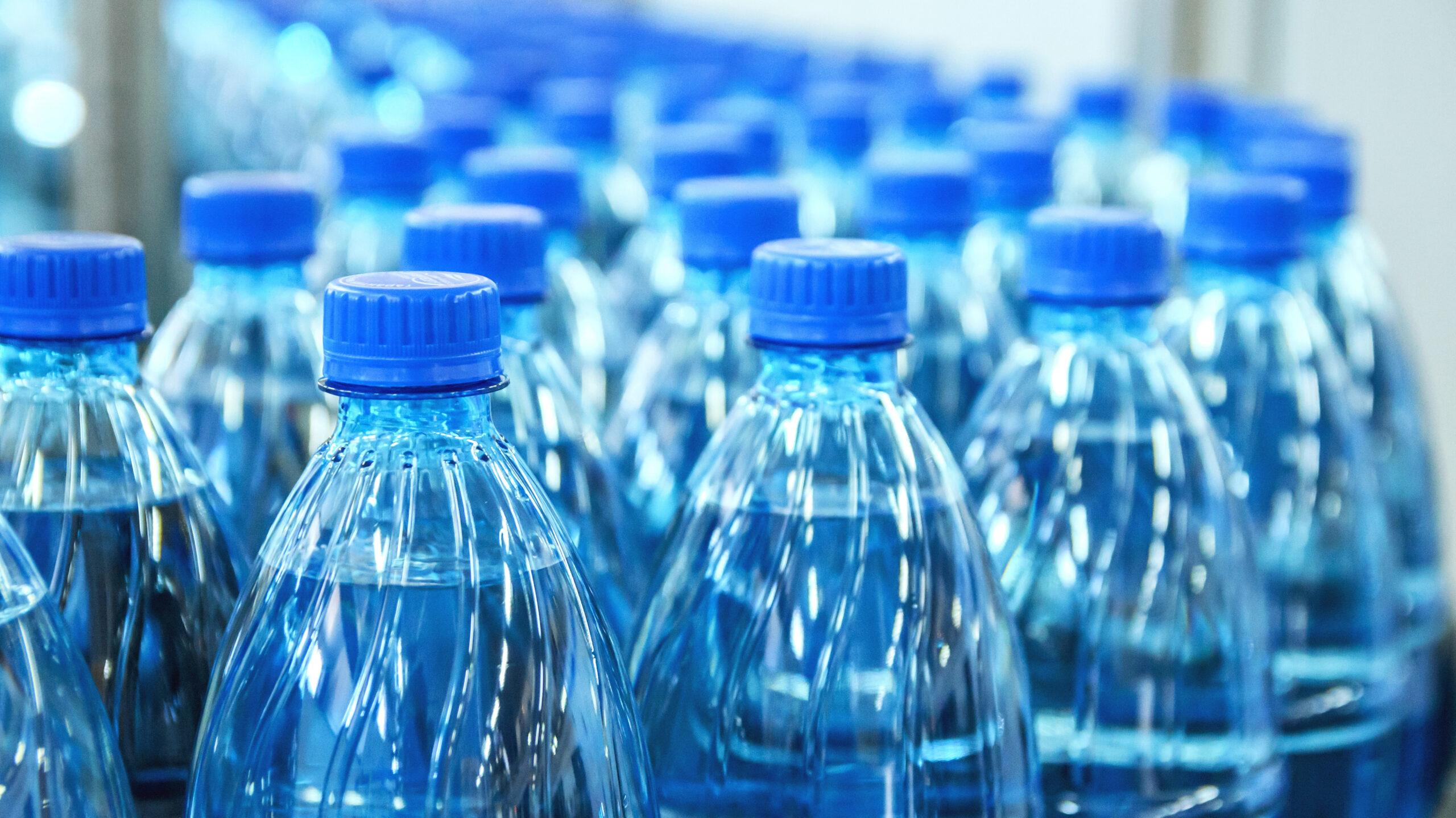 С 2021 года маркировка питьевой воды должна стать обязательной
