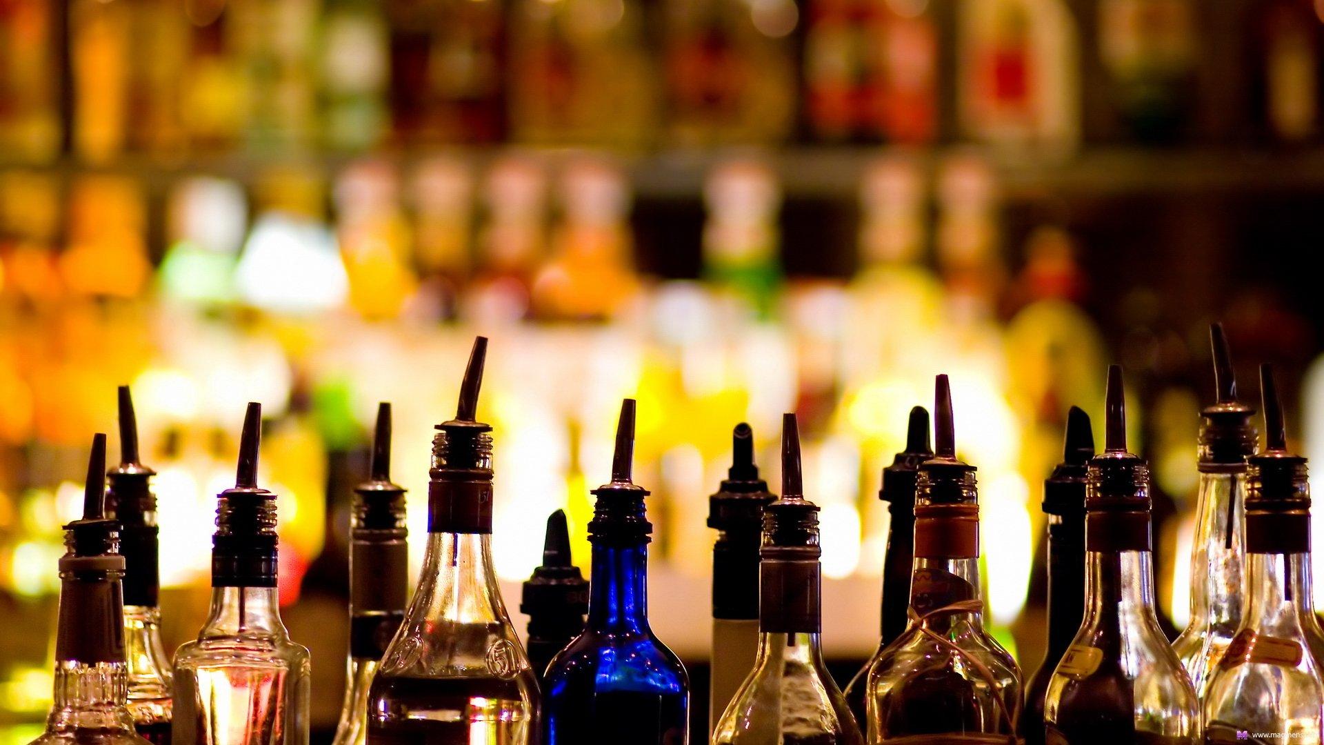 В столице ограничили торговлю алкоголем в жилых домах