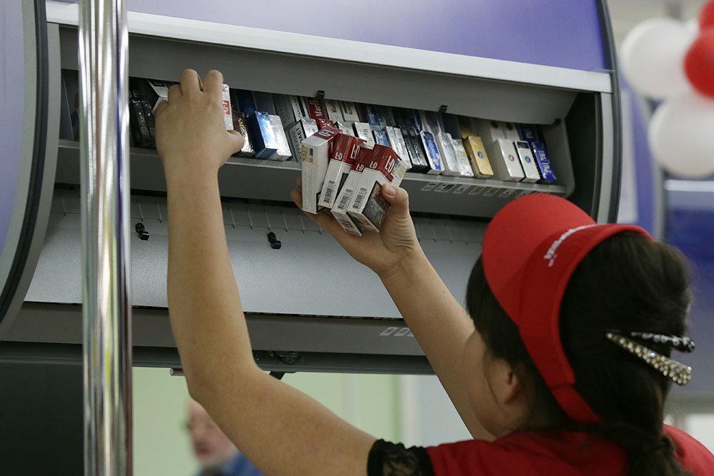 Производители сигарет обратились к Правительству РФ с просьбой не повышать акцизы на 20 %